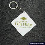 pesan gantungan kunci souvenir hotel