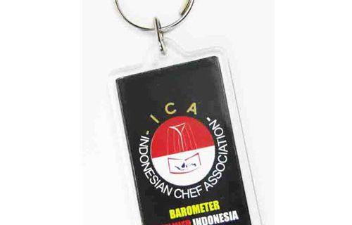 pesan gantungan kunci souvenir murah untuk komunitas
